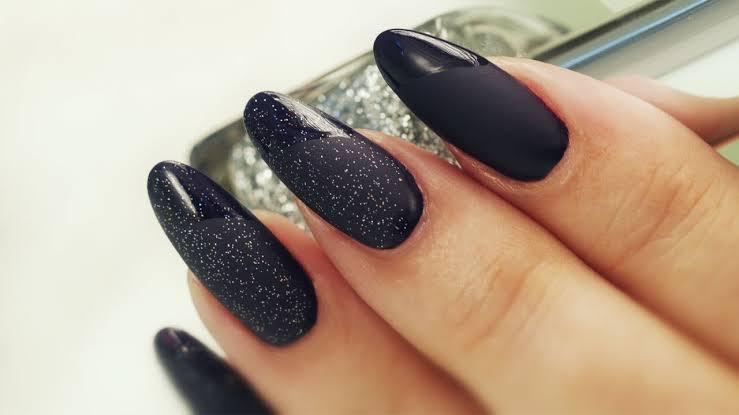 Matte Manicure