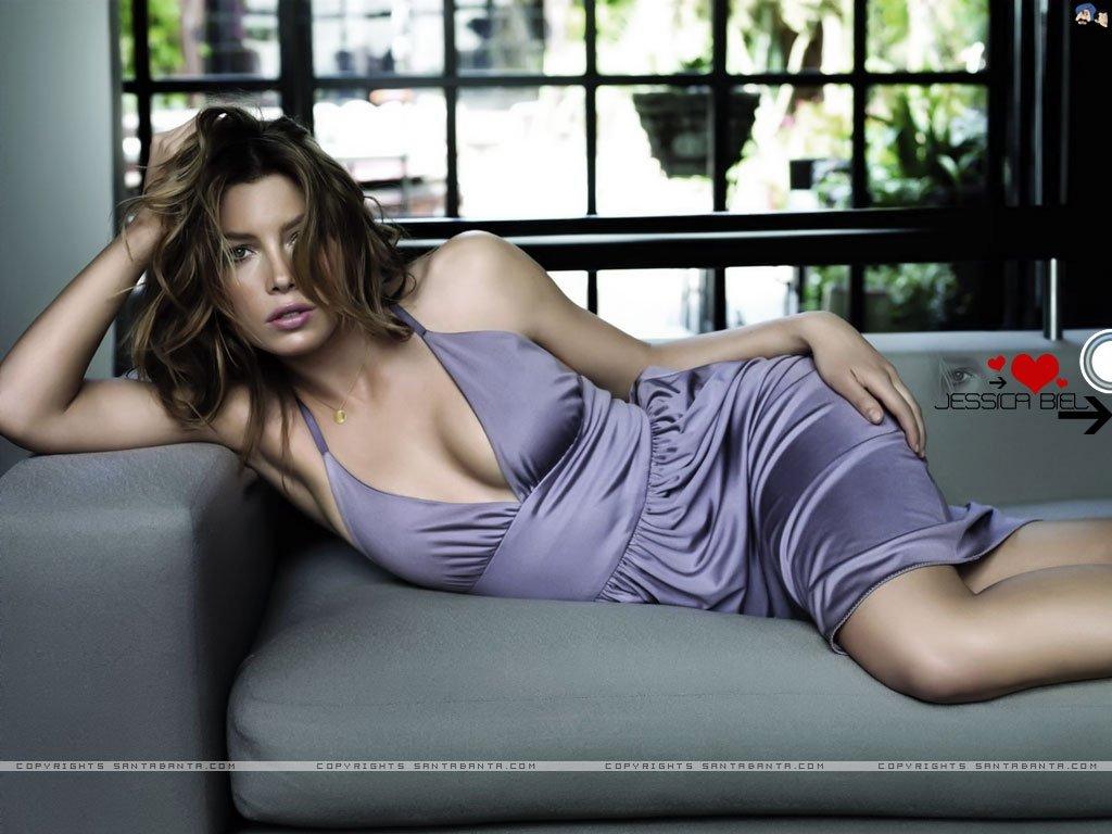 Jessica-Biel-Hot-Pictures