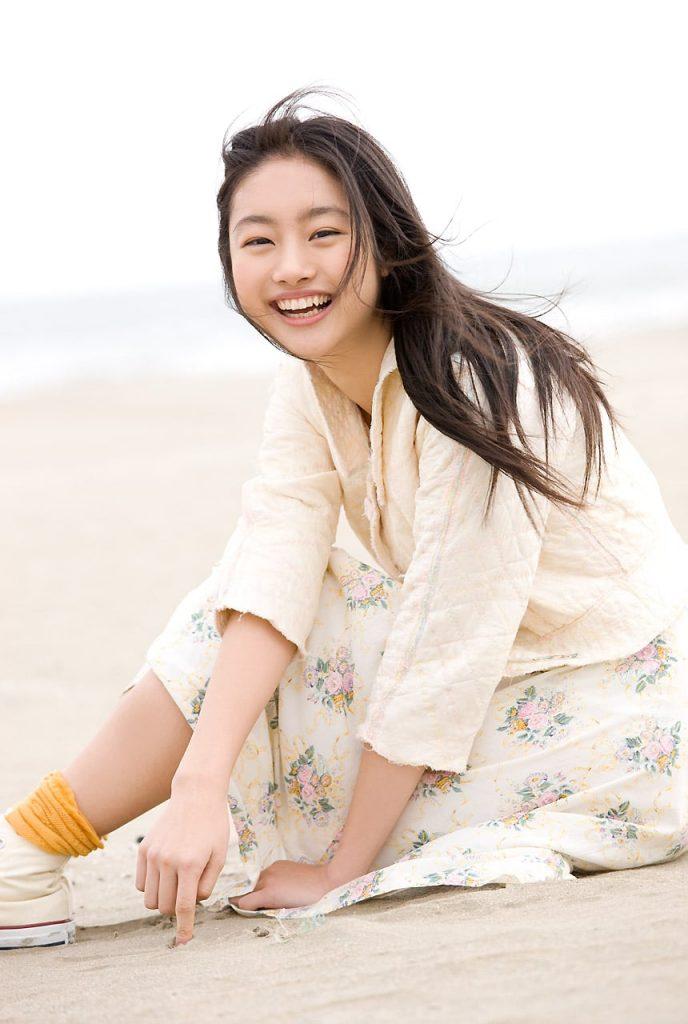 Shioli Kutsuna Hot Pictures - Fontica Blog