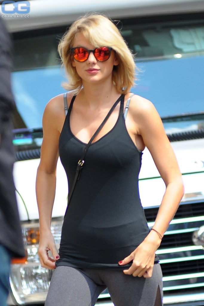 taylor-swift-outdoor