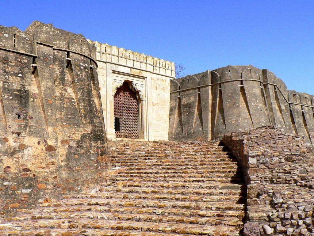 chittorgarh fort images