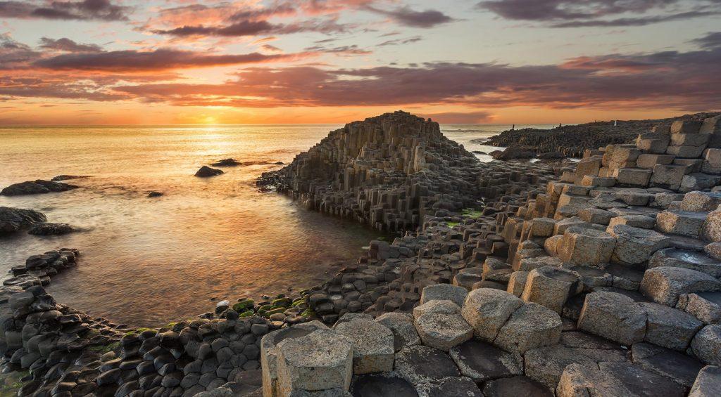giants causeway sunset