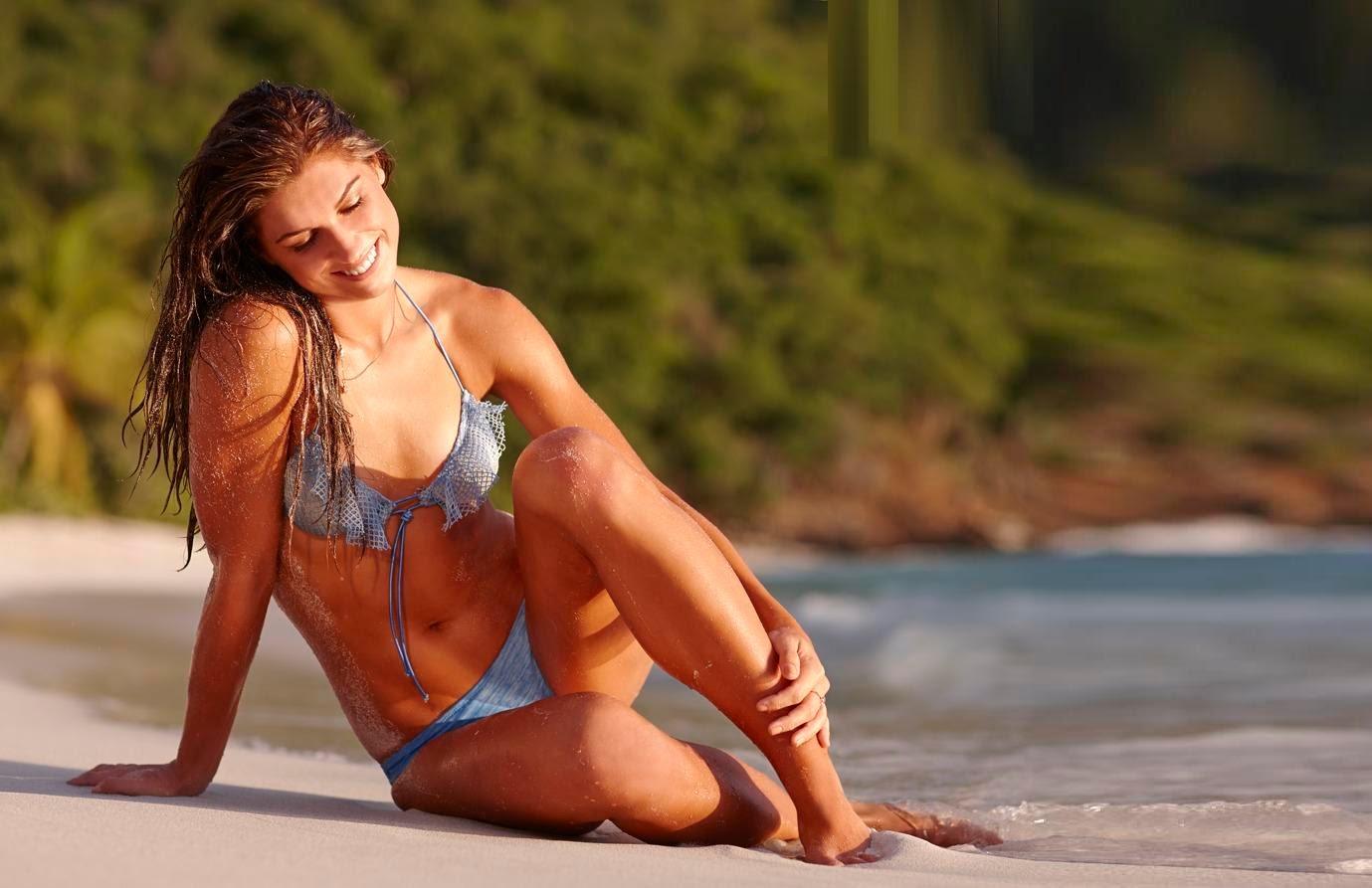 Alex Morgan Bikini Pics