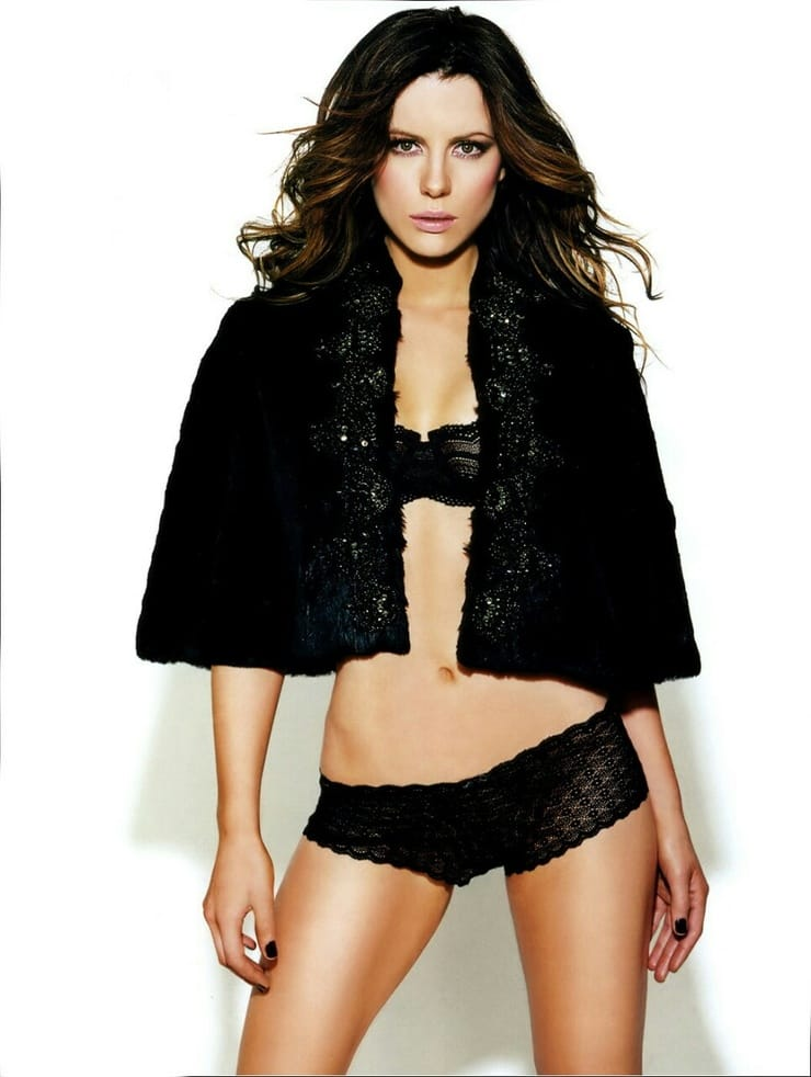 Kate Beckinsale Bold Pics
