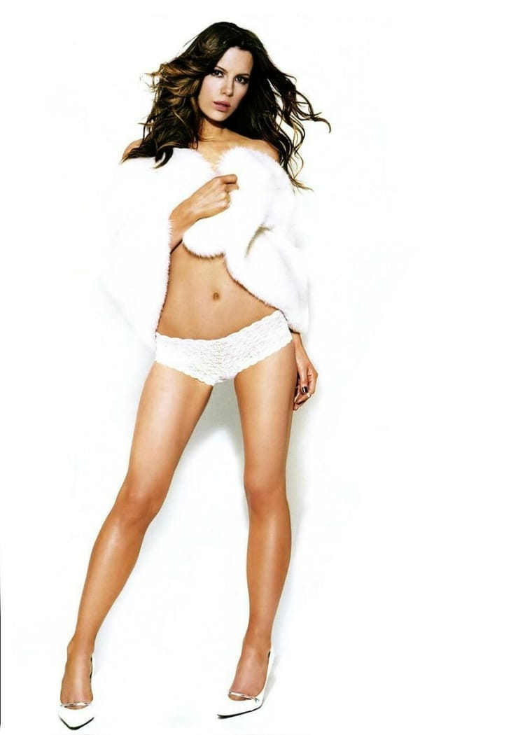 Kate Beckinsale Hot Pics