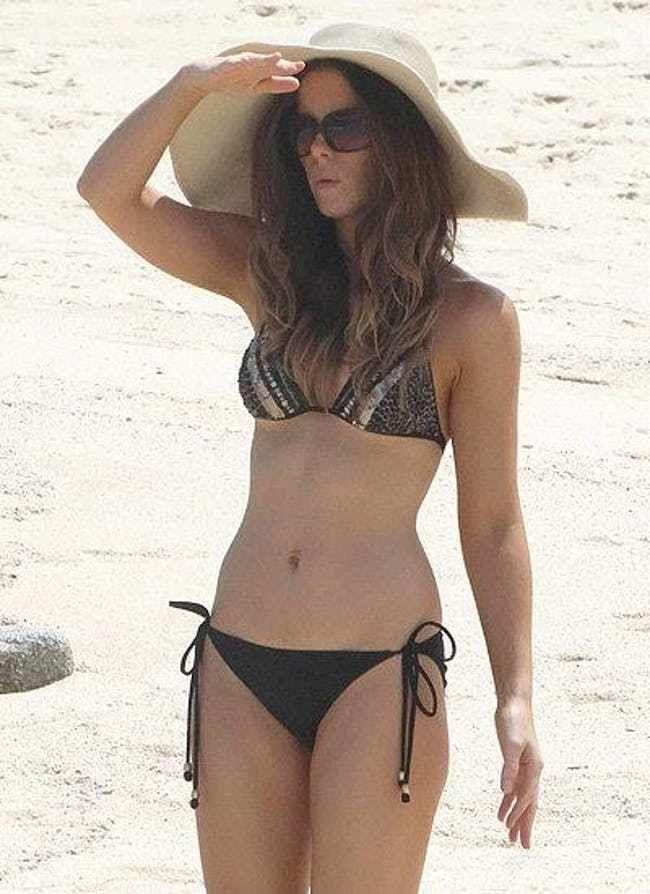 Kate Beckinsale In Bikini