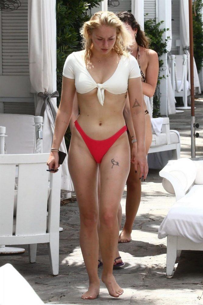 Sophie Turner Bikini