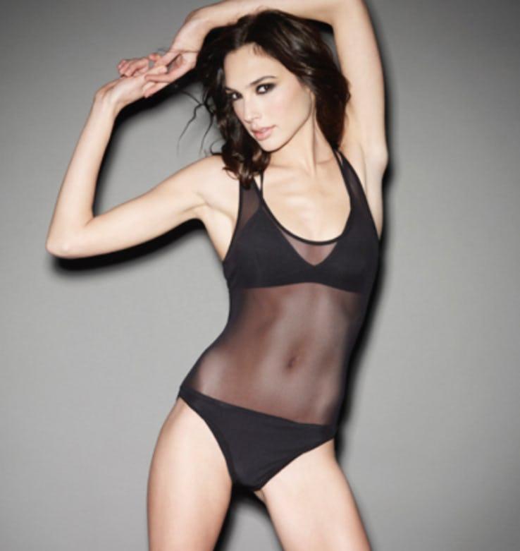 Gal Gadot Hot Bikini Pictures
