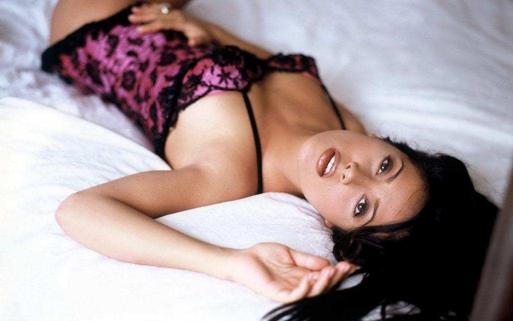 Salma Hayek Sexy Pic