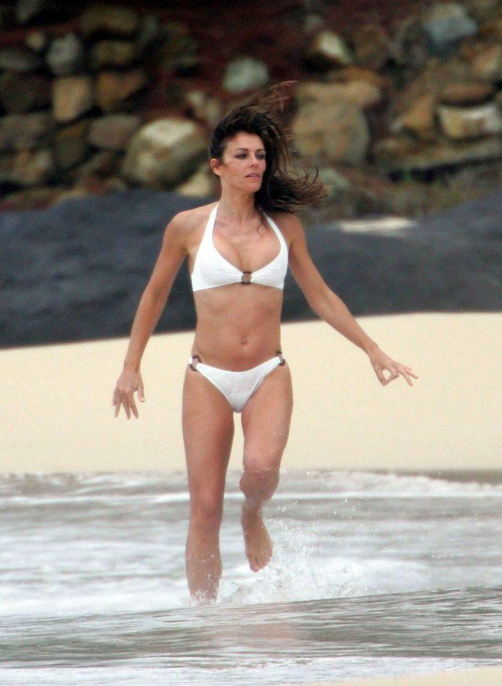 Elizabeth Hurley Bikini Pics