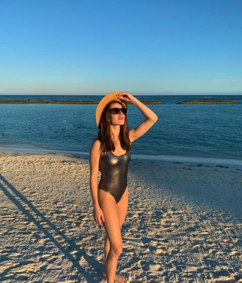 Marina Squerciati Hot Pics