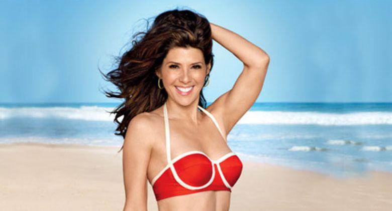 bikini Linda cardellini