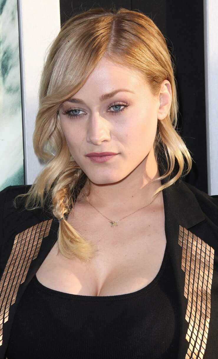 Olivia Taylor Dudley Sexy Pictures