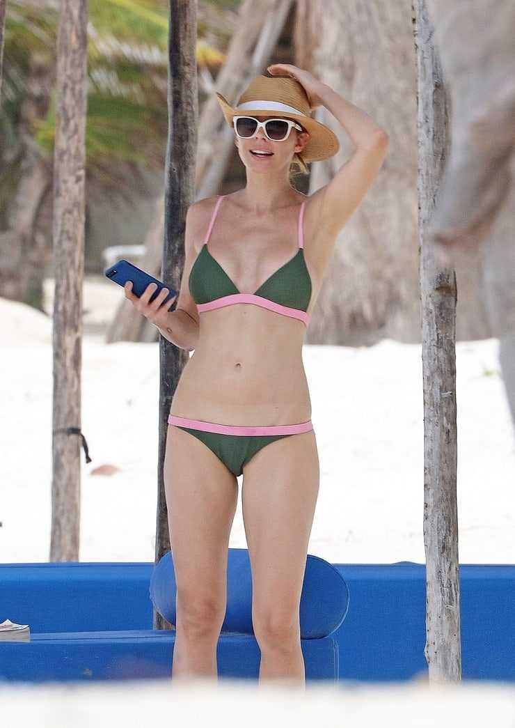 Hot Whitney Cummings Bikini