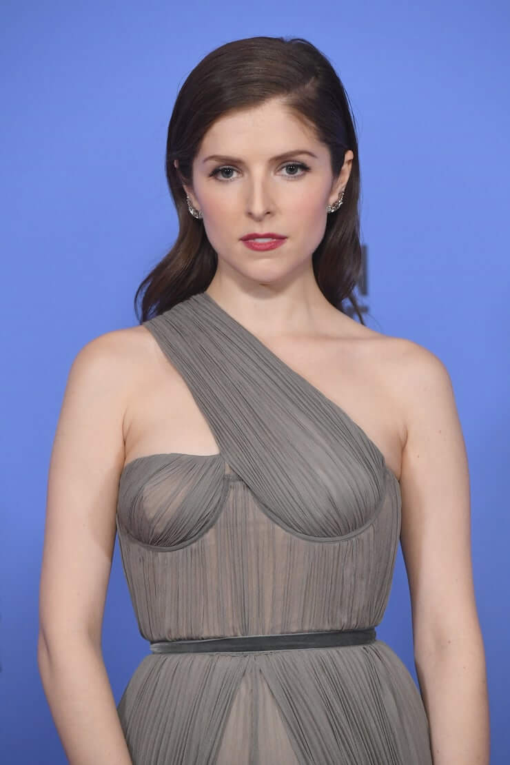 Hot Anna Kendrick Pictures