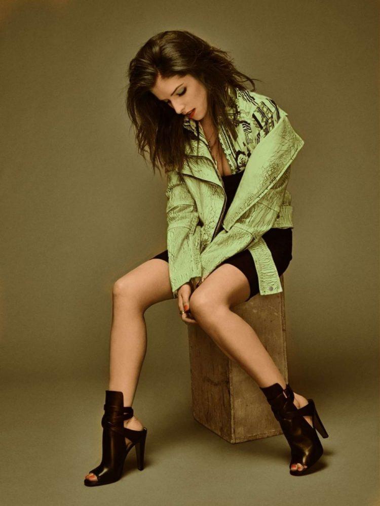 Anna Kendrick Boobs Pics
