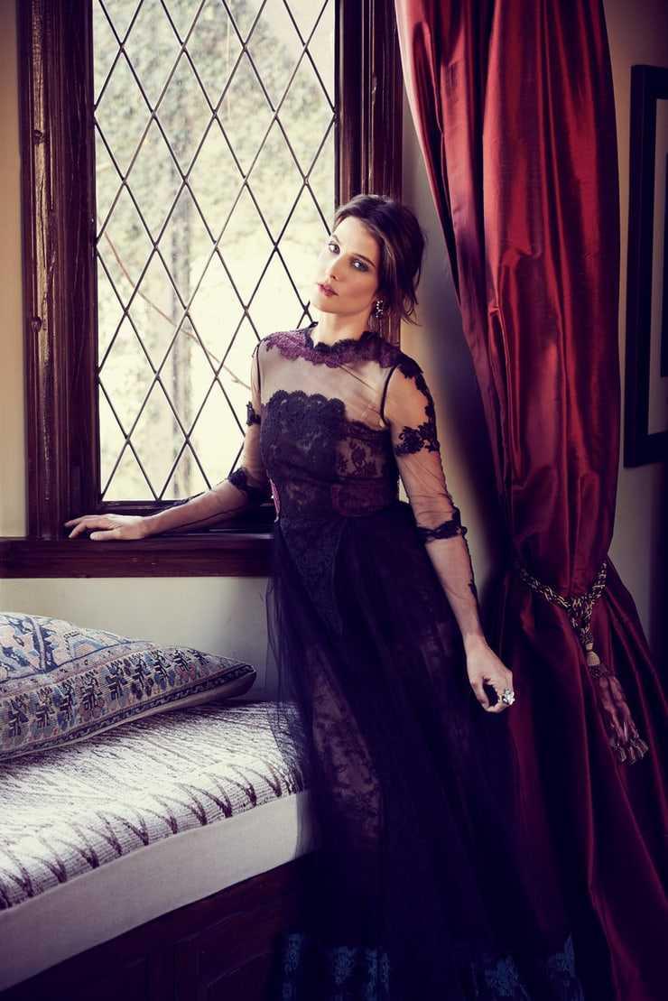 Cobie Smulders Hot Images