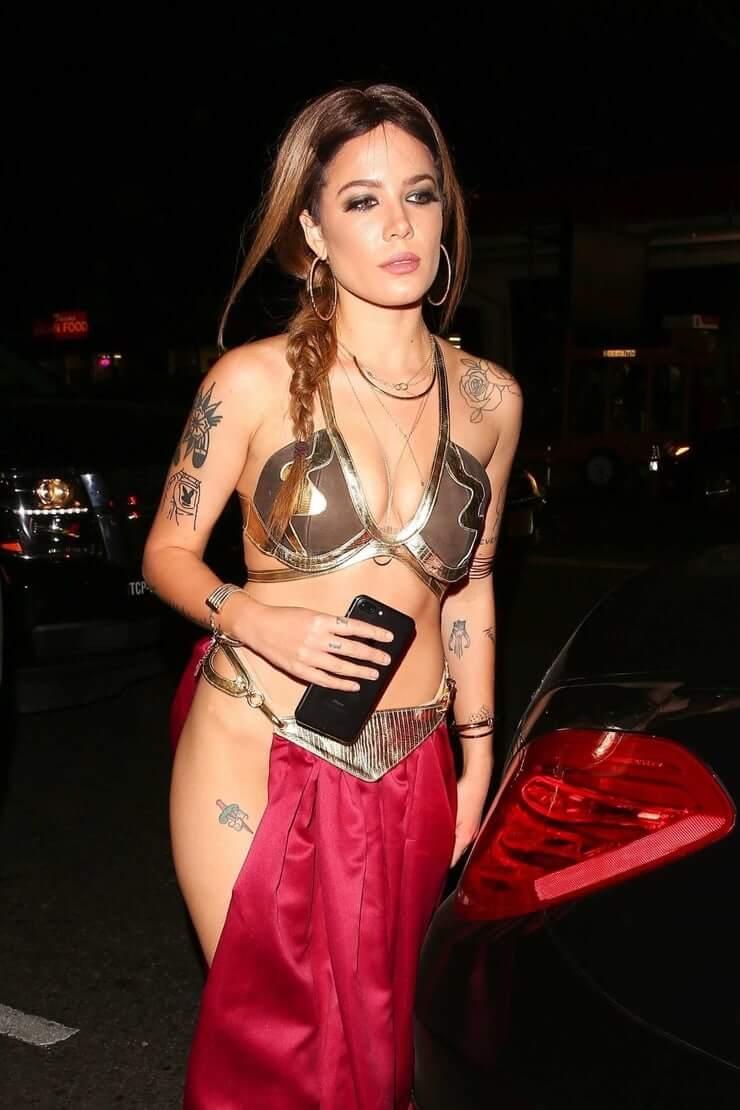 Halsey Nude Pics