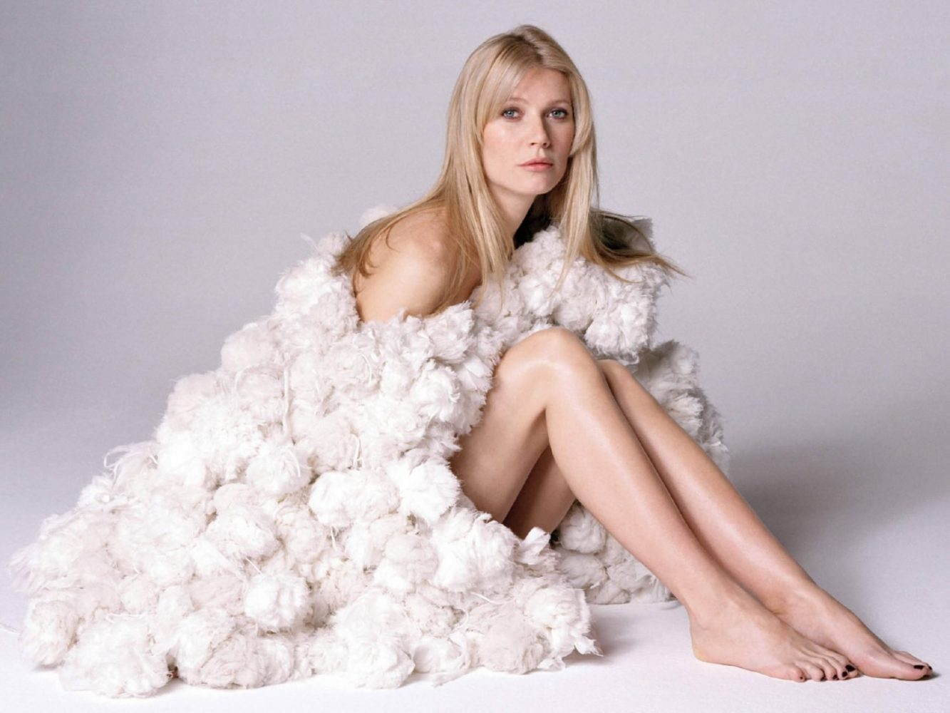 Gwyneth Paltrow Nude Pictures