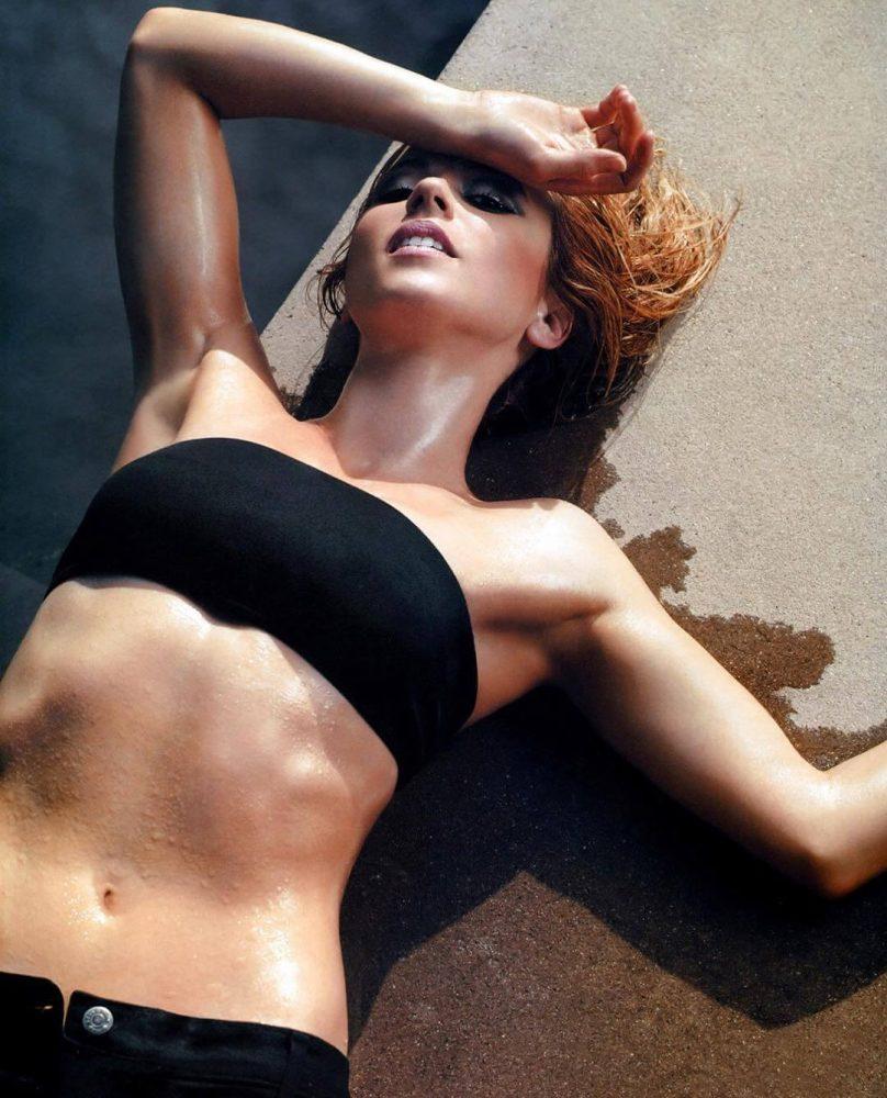 Linda Cardellini Hot