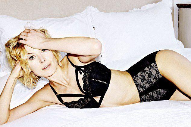 Rosamund Pike Hot