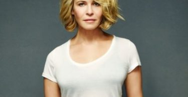 Chelsea Handler Hot And Sexy Pictures