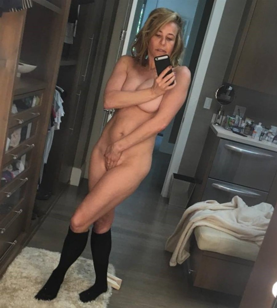 Chelsea handler nude photos leaked