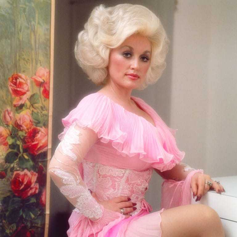 Dolly Parton Sexy Images
