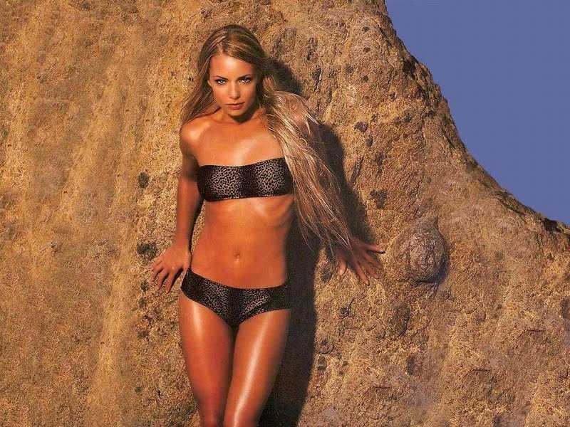 Jaime Pressly Hot Pictures