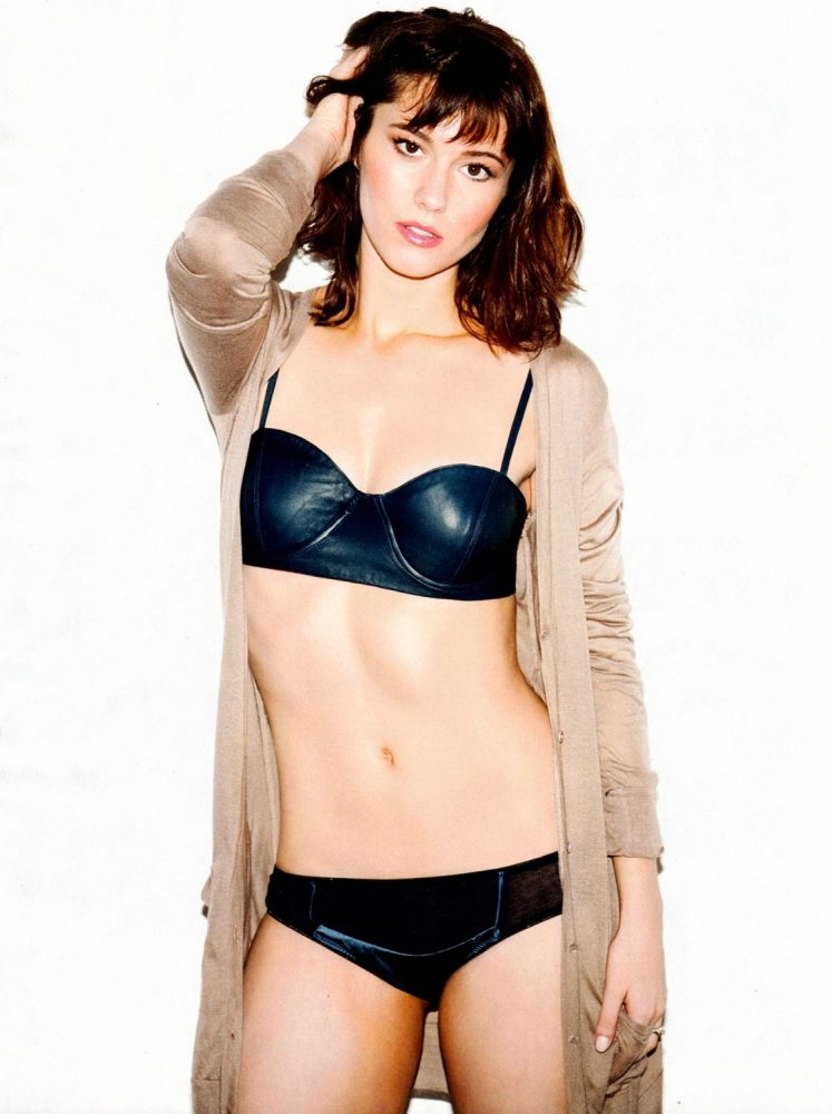 Mary Elizabeth Winstead Hot Pictures